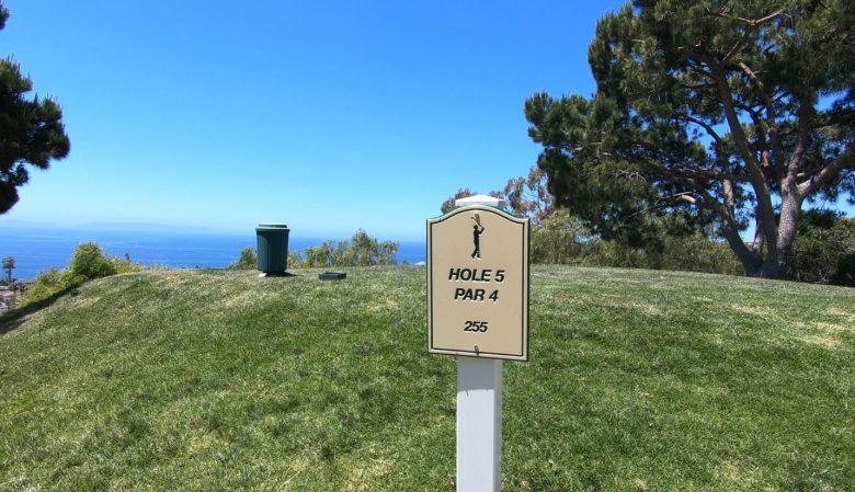 住民がいつでも使えるゴルフコース